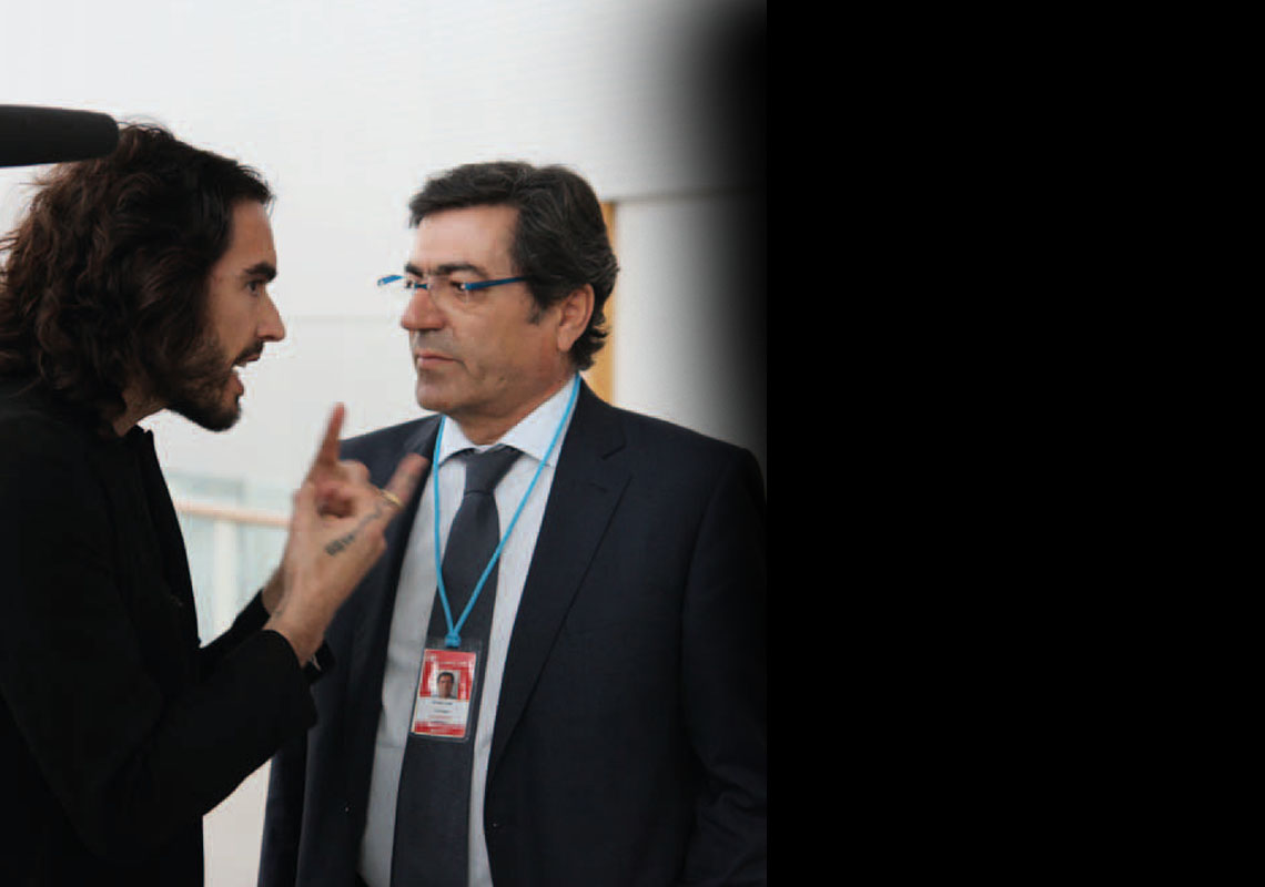 Russell Brand talks to João Goulão from Portugal's official CND delegation